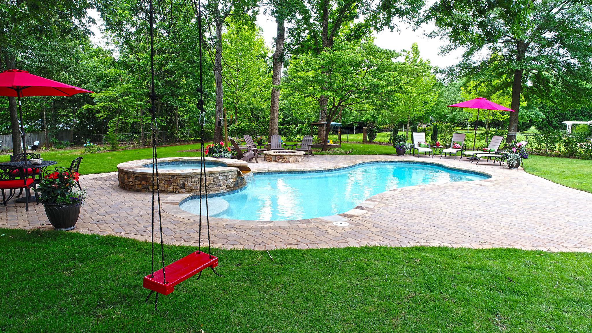 Freeform Pools